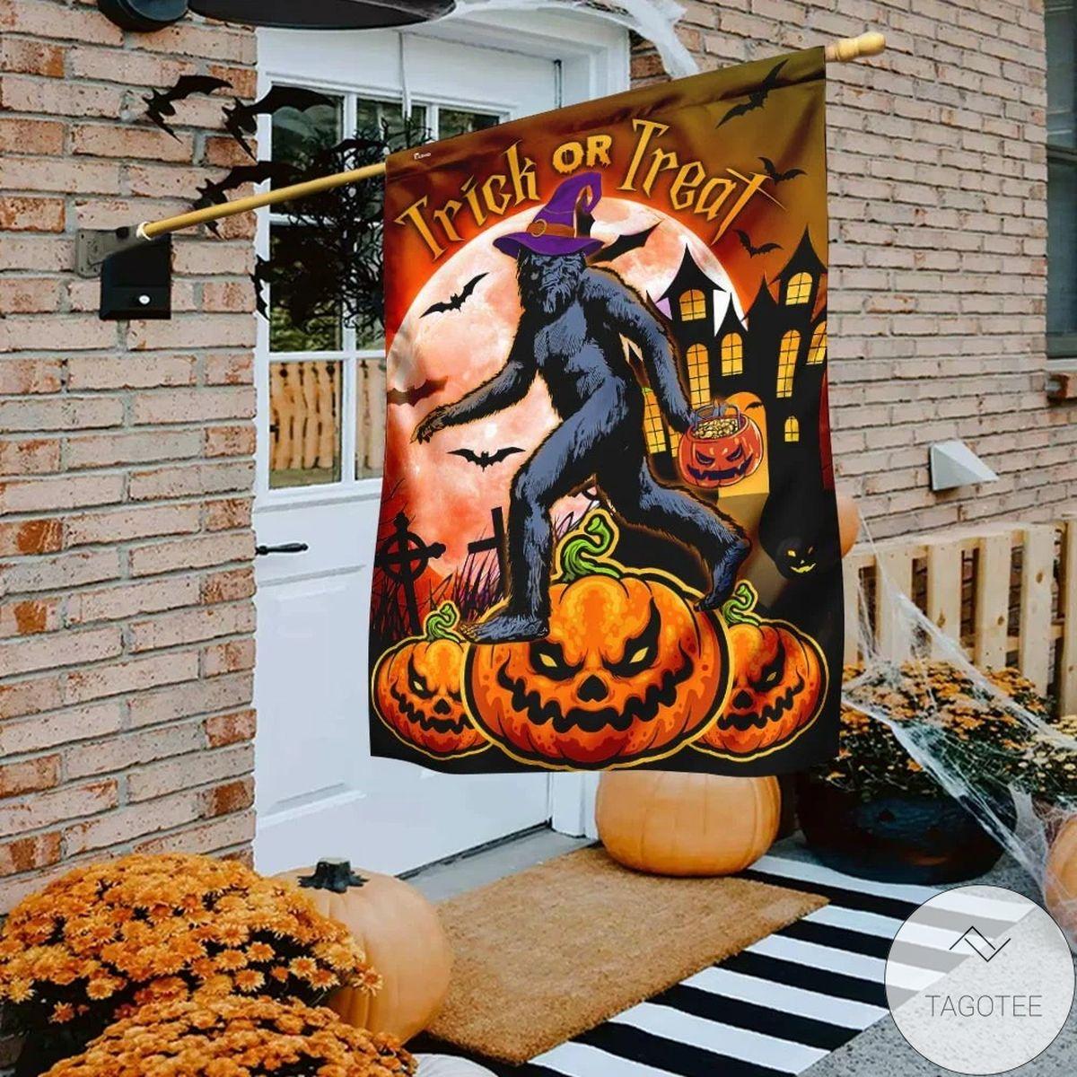 Bigfoot Sasquatch Trick Or Treat Halloween Flag